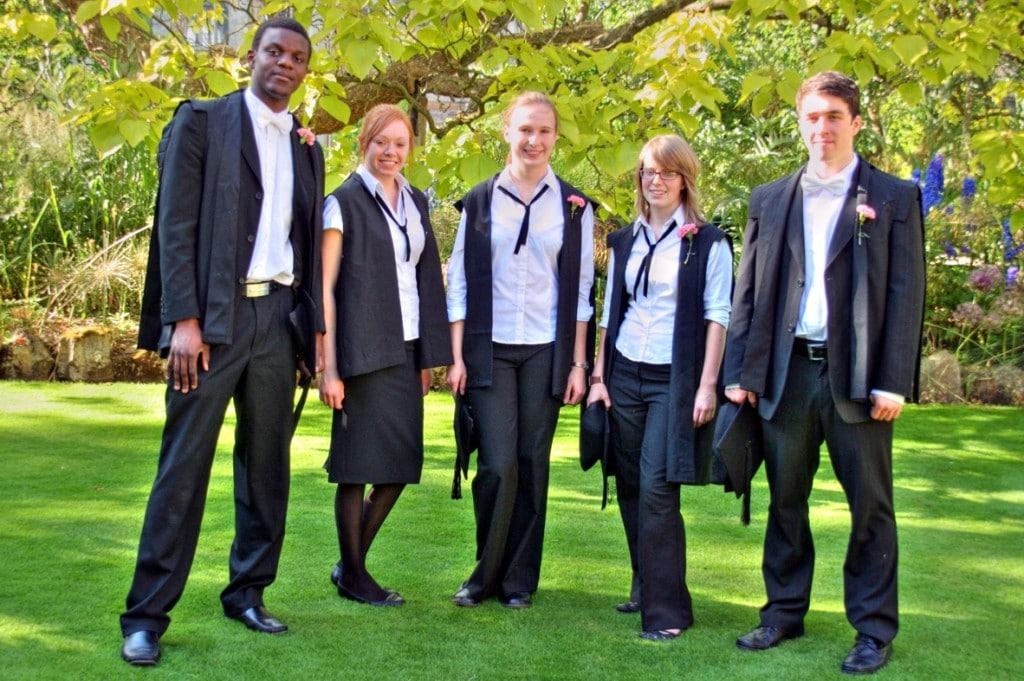 Oxford University relax gender dress-code - Fyne Times: www.fyne.co.uk/07/oxford-university-relax-gender-dress-code